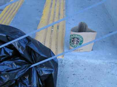 starbucks is still trash